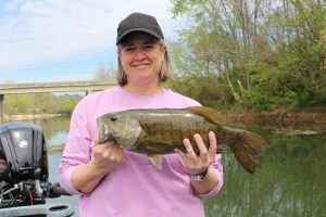 smallmouth bass fishing trip in knoxville